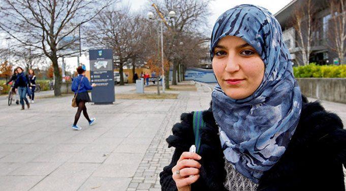 Sifat Kriteria Muslimah yang Harus Ada Pada Diri Anda
